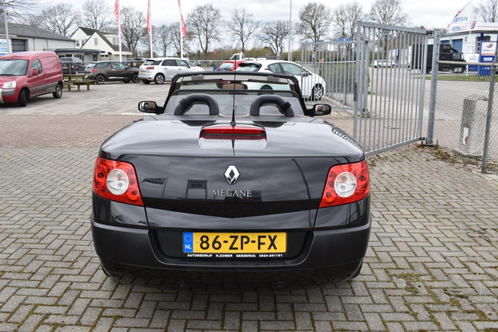 Renault-Mégane-17
